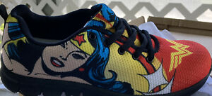 Brand New Wonder Woman shoes sneakers low top Womens size 10 Dc Ww