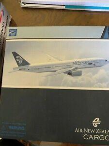 NIB Dragon Wings 1:400 Air New Zealand 777-219ER ZK-OKA