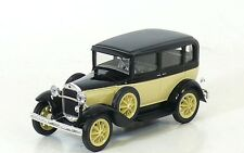 Nash Avtoprom 1:43 Russian GAZ-3(6) Taxi black/yellow 1934