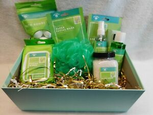 Gift Box / Mother's day / Birthday Gift Box, Personal Care, Bath, Women, New
