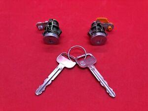 1999-2002 TOYOTA 4RUNNER DRIVER & PASENGER DOOR LOCK CYLINDER SET MATCHED 2 KEYS