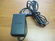 AC Adapter Model DOL-002 Nintendo Output 12V ---3,25 mA