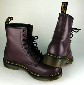 NEW Unused WOMENS  Dr DOC MARTENS Plum PURPLE AIRWAIR BOOTS SIZE 6 (USA ) NiCe !