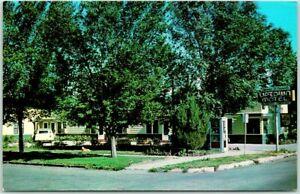 Glendive, Montana Postcard UPTOWN MOTEL Highway 10 Roadside c1950s Chrome Unused