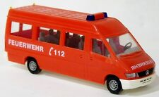 Busch 47807 - MB Sprinter Bus MTW Feuerwehr neutral rot - 1:87 H0