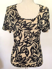 Womens Sz 12 Top Scoop Neck Beige Black