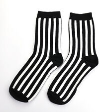New Fashion Men Stripes Cotton Socks Retro Hiphop Skate White Black Warm Socks