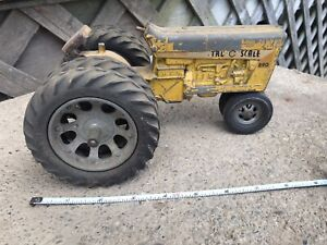 Vintage  Tru-Scale Yellow 890 Tractor 1/16th Original Narrow Front Double Back