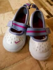Nike Toddler Girls Mary Jane Style Shoe, Lt Silver/Periwinkle, Sz 5, Leather