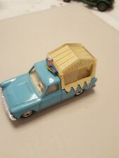 RARE VINTAGE CORGI No447 FORD THAMES WALLS ICE CREAM VAN + FIGURES