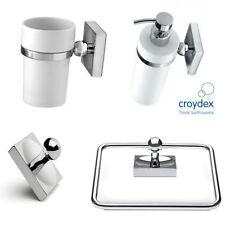 Sets d'accessoires blancs pour la salle de bain