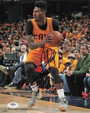 Iman Shumpert Signed 8x10 photo PSA/DNA Cleveland Cavaliers Autographed