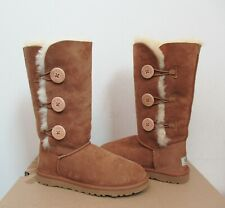 UGG Australia BAILEY BUTTON TRIPLET Suede Boot 6US CHESTNUT Suede Twinface NWOB