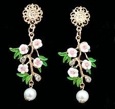 Chandeliers mit Blüten, Blättern, Münzen und Perlen, goldfarben