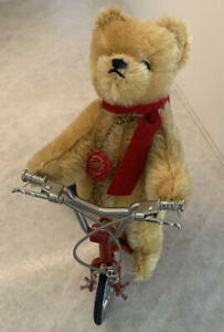 Hermann Original Teddy Bear On a Working Scooter 7 1/2 in Limited Edition