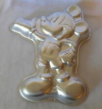 WILTON CAKE PAN 1995  DISNEY  full body MICKEY MOUSE 2105-3601