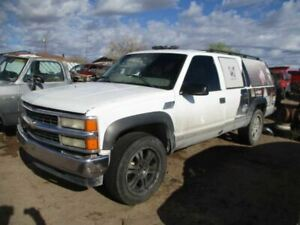 Driver Left Hub Front Classic Style Fits 95-00 TAHOE 83352