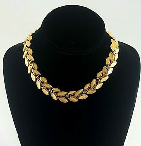 """Vintage TRIFARI Goldtone Brushed Gold Leaf Design Choker Necklace EVC 16"""" Signed"""
