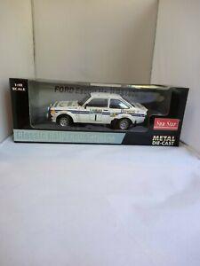 Sunstar 1/18 Roger Clark. Ford Escort MK2 RS 1800 1977 RAC Lombard Rally