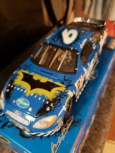 Mark Martin #6 Pfizer Batman Begins 2005 Ford Taurus TC Preferred 1:24 Read Plz