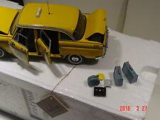 FM Checker Cab in yellow 1/24