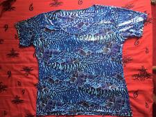 Petit Haut à Manches Courtes - T 3 - Colori Bleu - Lamé-Pastillé - Article neuf.