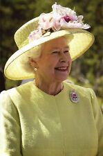 Her Majesty Queen Elizabeth II NASA Center Maryland May 8 2007 - Modern Postcard