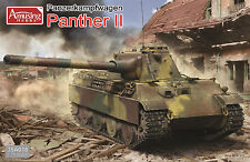 AMUSING HOBBY GERMAN PANTHER II 2 in 1 WWII Scala 1/35 Cod.35A018