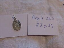 1 médaille  VIERGE à l'Enfant  en argent 925 fab  française fd stock neuve
