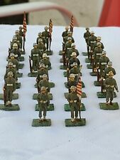 Lot of 30 SAE Miniature WW2 US Toy Lead Soldiers at Parade Rest w/ Flag Bearers