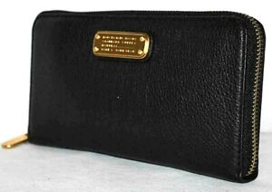 Marc Jacobs New Q Large Zip Around Leather Wallet - $248