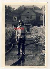 Foto Portrait Feuerwehr Mann im Einsatz