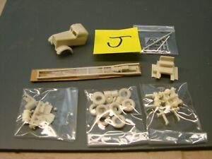1/87 HO scale Don Mill's Kenworth Narrow nose kit.