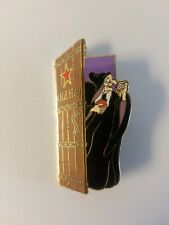 Disney Auction pin Dressing Room Door Old Hag Le 1000 Htf Rare