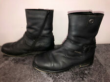 Taille : noir, portees, chaussures