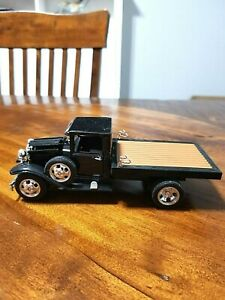 1929 Black Ford Flatbed Truck  Diecast Model 1:32 scale National Motor Mint