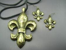 Super Nice HAMMERED BRONZE TONE Necklace/Earrings Set FLEUR-DE-LIS Saints Fans!!