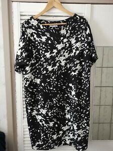 Ana Ladies Dress Size 20