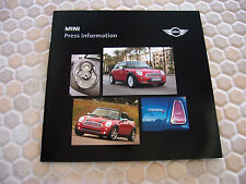 MINI COOPER S OFFICIAL LA AUTOSHOW CD PRESS KIT BROCHURE 2006 USA EDITION