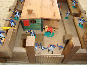 !!! UNIQUE (!) - HANDMADE WOODEN FORT - WITH ORIGINAL TIMPO TOYS SOLDIERS !!!
