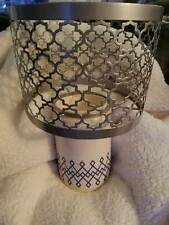 Yankee Candle- Candle Lamp. Cream With Blue Design. $69 Retail