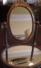 Lovely Gilded Free Standing Specchio con base a specchio