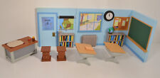 """2002 Talking School Classroom for 5"""" Action Figure Playset Peanuts Charlie Brown"""