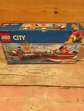 Lego 60213 Lego City Dock Side Fire - Boat - Firefighter - Water Cannon - New!