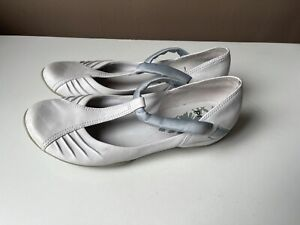 CLARKS PRIVO White Leather Comfort Shoes Size 6 D