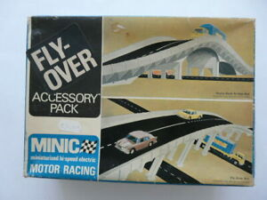 BOXED INCOMPLETE MINIC MOTOR RACING ACCESSORY PACK FLY - OVER SET