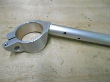 demi guidon droit neuf d'origine de Yamaha YZF 600 R6 ref: 13S-26122-00