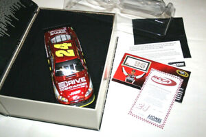 1/24 2011 CHEVROLET IMPALA RACED JEFF GORDON 85° NASCAR WIN LIONEL ELITE 450 PCS