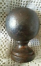 boule de rampe d'escalier en métal ancienne haut : 10 cm dans son jus