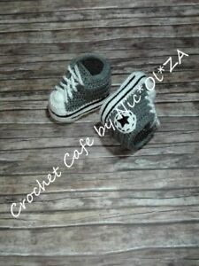 HANDMADE CROCHET BABY BOOTIES ATHLETIC SNEAKERS CONVERS GRAY-WHITE 0 - 24 MONTHS